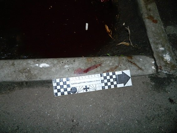 В Киеве парень выпал с балкона пятого этажа (ФОТО) (фото) - фото 1