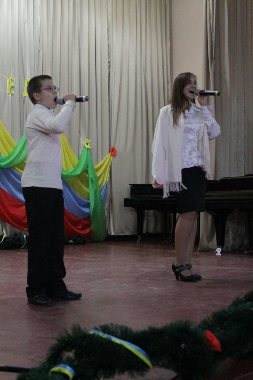 В добропольской музыкальной школе звучали песни военных лет (ФОТО), фото-7