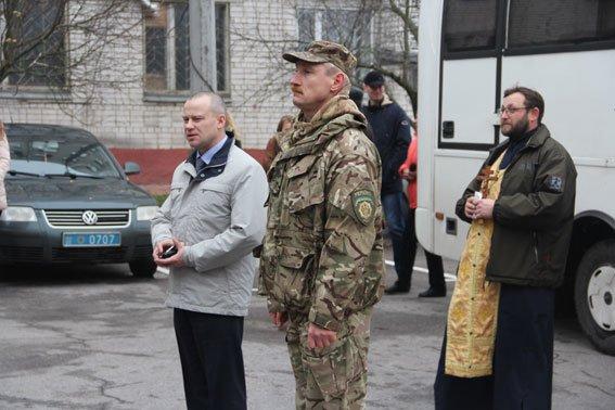 Бойцы батальона «Чернигов» уехали на фронт (фото) - фото 1