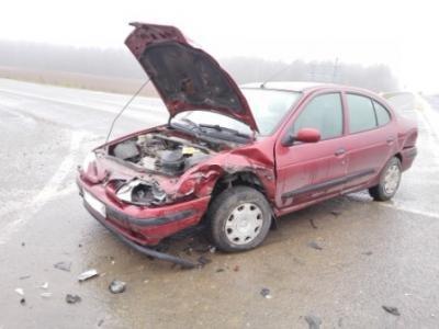 Возле КПП «Брузги» столкнулось два автомобиля: ребенка спасло автокресло (фото) - фото 1