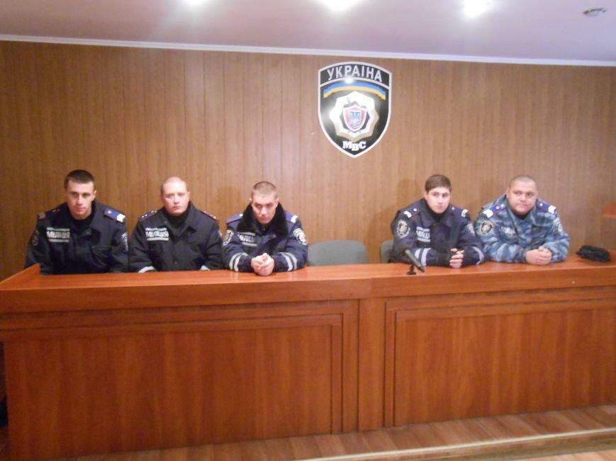 В Днепродзержинске на улице Стасова полиция пресекла деятельность кабельных воров (фото) - фото 1