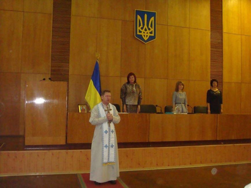 На першій сесії Конотопської міськради нового скликання офіційно оголосили нового мера та депутатів (Фото), фото-2