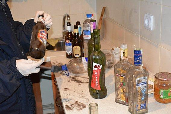 В центре Николаева мужчина обнаружил в своей квартире мертвых арендаторов (фото) - фото 5