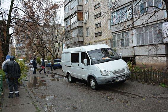 В центре Николаева мужчина обнаружил в своей квартире мертвых арендаторов (фото) - фото 7