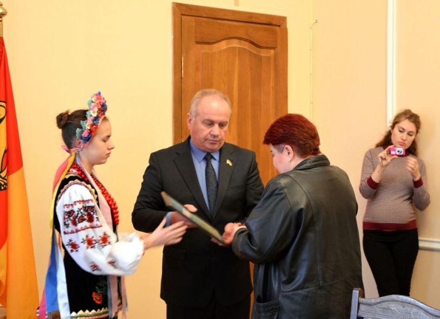 В облдержадміністрації вручили державні нагороди для трьох учасників АТО (фото) - фото 1