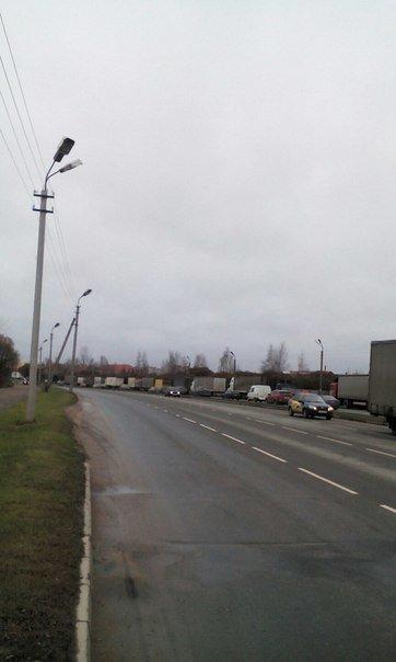 Дальнобойщики бастуют в Пскове (фото) - фото 1