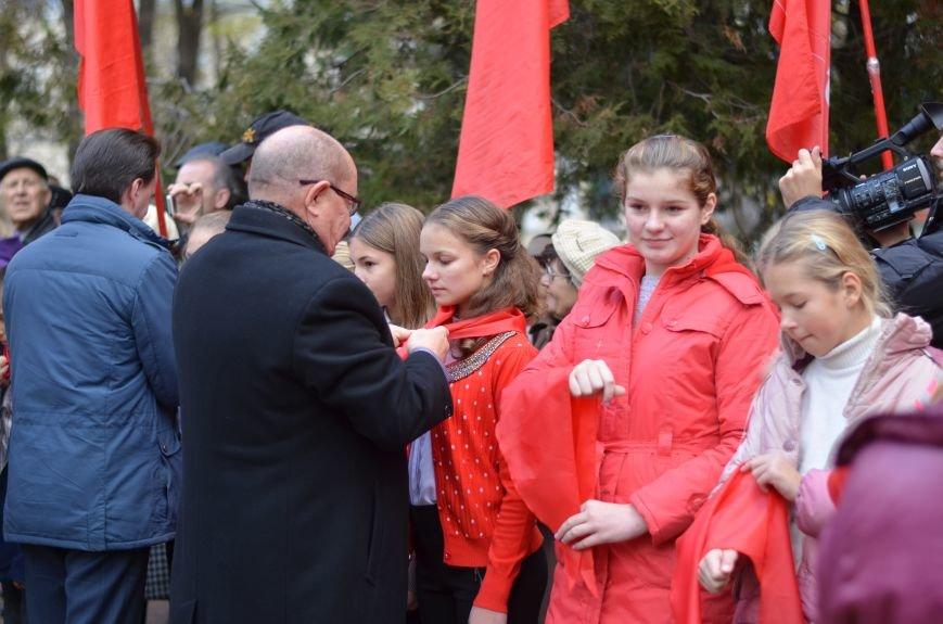 Сегодня в центре Симферополя коммунисты праздновали 95-летие установления Советской власти в Крыму (ФОТОРЕПОРТАЖ), фото-6