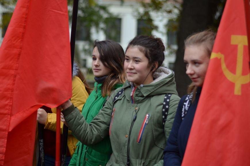 Сегодня в центре Симферополя коммунисты праздновали 95-летие установления Советской власти в Крыму (ФОТОРЕПОРТАЖ), фото-2