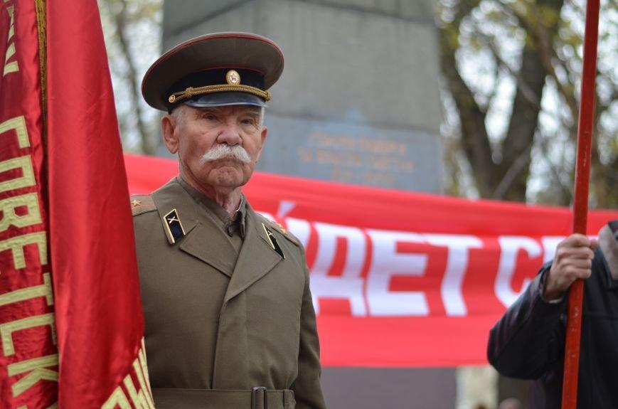 Сегодня в центре Симферополя коммунисты праздновали 95-летие установления Советской власти в Крыму (ФОТОРЕПОРТАЖ), фото-4
