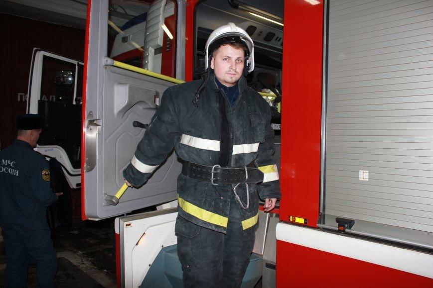 Сыктывкарские журналисты на себе испытали особенности пожарной службы, фото-7