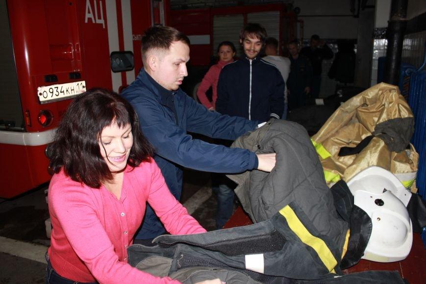 Сыктывкарские журналисты на себе испытали особенности пожарной службы, фото-2