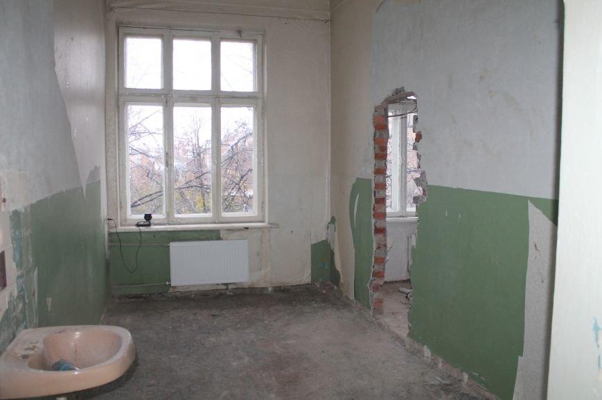 В поликлинике Артемовска-Бахмута продолжают реконструировать здания (ФОТОФАКТ), фото-5