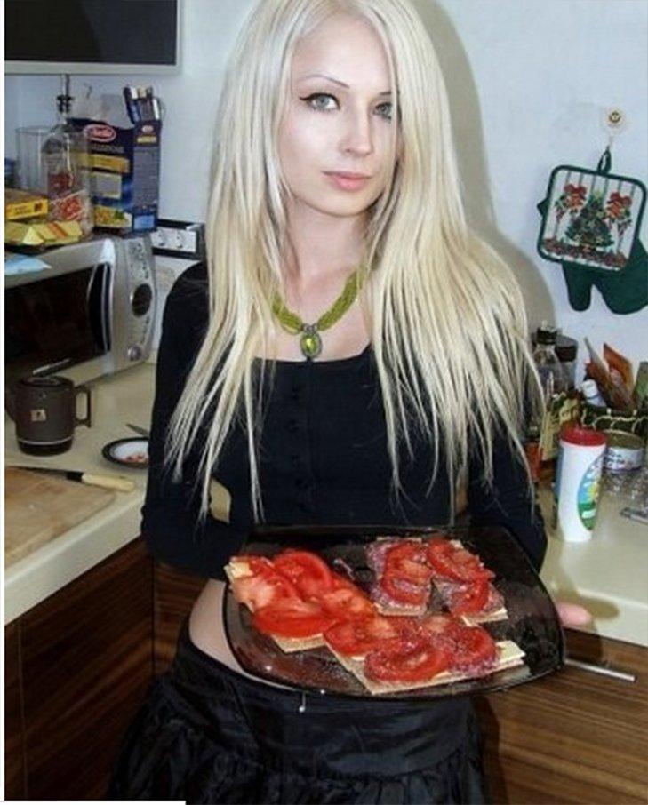 Не такая уж и Барби: в сеть выложили фото известной одесситки до «перевоплощения» (ФОТО) (фото) - фото 1