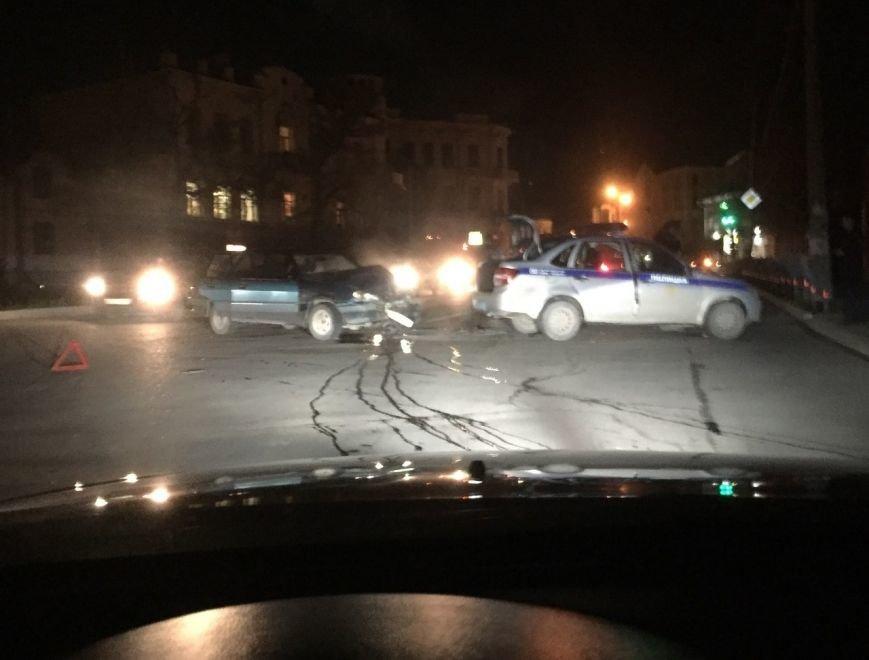 За сутки в Крыму в аварии попали две машины полиции (ФОТО), фото-1