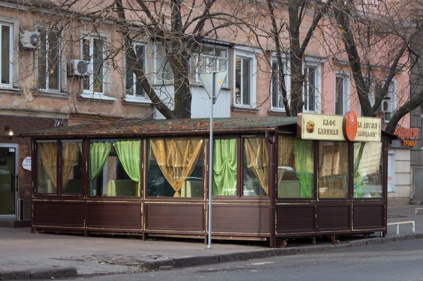 df0551bf7fcceefc769ff224d375e27a В центре Одессы гигантский МАФ перекрыл проход горожанам