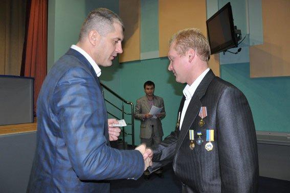 В Полтаві 130 правоохоронців отримали посвідчення учасника АТО (фото) - фото 3