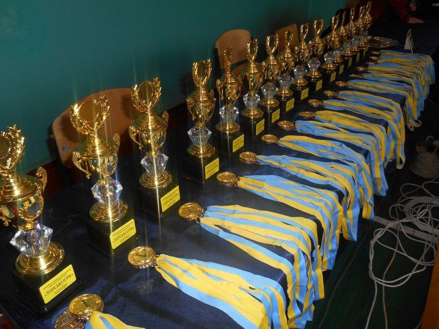 В Славянске открылся ХІІІ Всеукраинский турнир по вольной борьбе «Торские игры» (фото) - фото 1