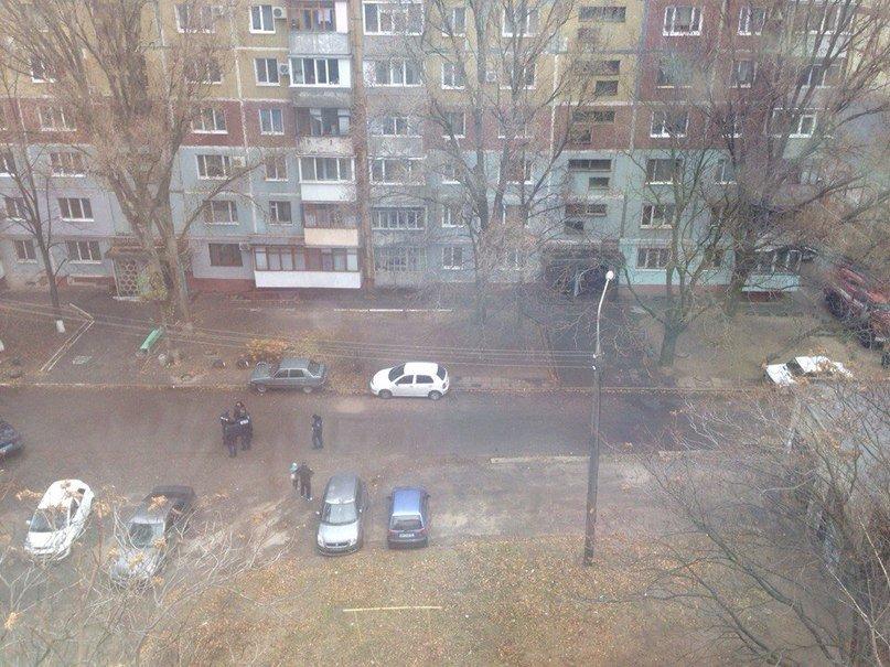 В Запорожье «заминировали» многоэтажку (фото) - фото 2