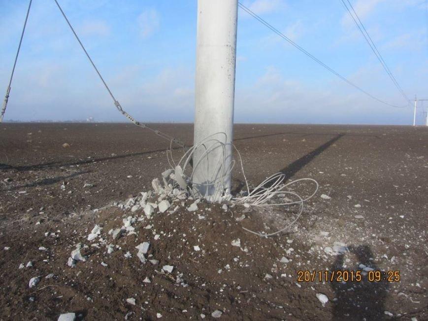 Ремонт поврежденных в Херсонской области электроопор займет до пяти дней. Крымчан просят экономить электричество (ФОТО), фото-1