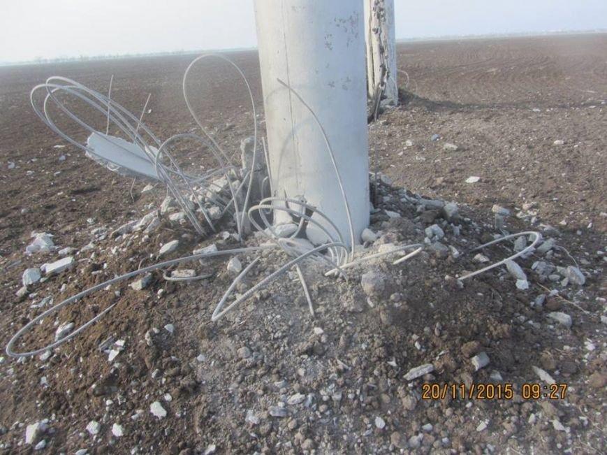 Ремонт поврежденных в Херсонской области электроопор займет до пяти дней. Крымчан просят экономить электричество (ФОТО), фото-2