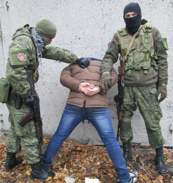 Спецбатальон «Кировоград» задержал террориста «ДНР» (фото) - фото 1