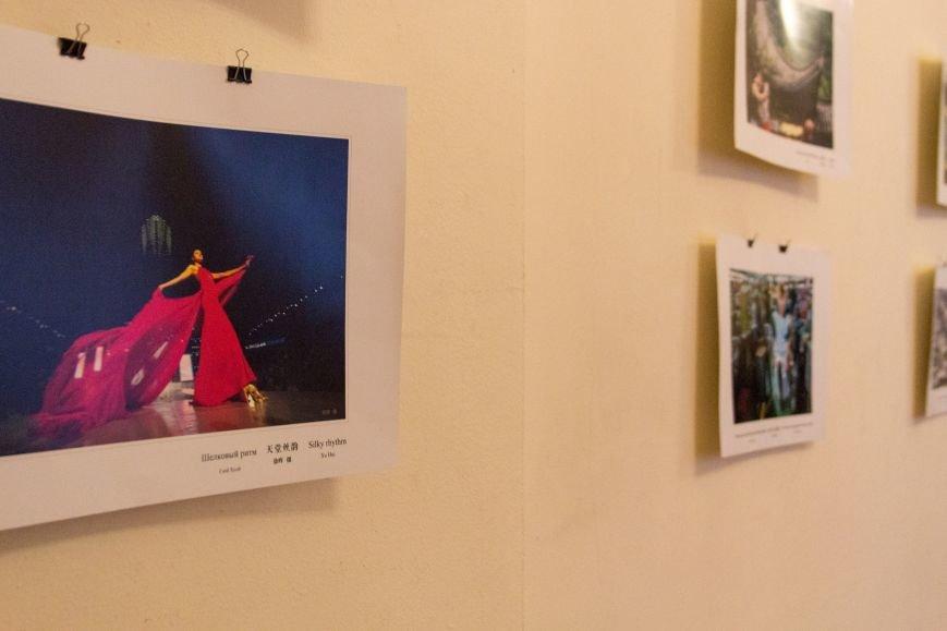 652690c33d1dd8608890c1da80d21b8c Китайские драконы прилетели в Одессу открывать фотовыставку