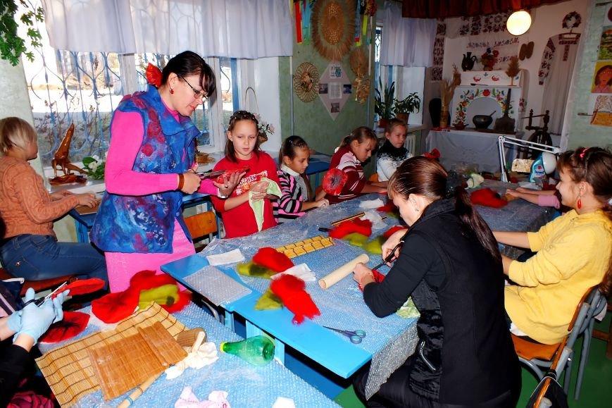 Днепродзержинских школьников зовут на бесплатные занятия в Станцию юных техников (фото) - фото 14