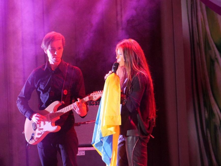 На запрошення «МРІЇ» у Тернополі сольний концерт провела народна артистка України Руслана (фоторепортаж) (фото) - фото 4