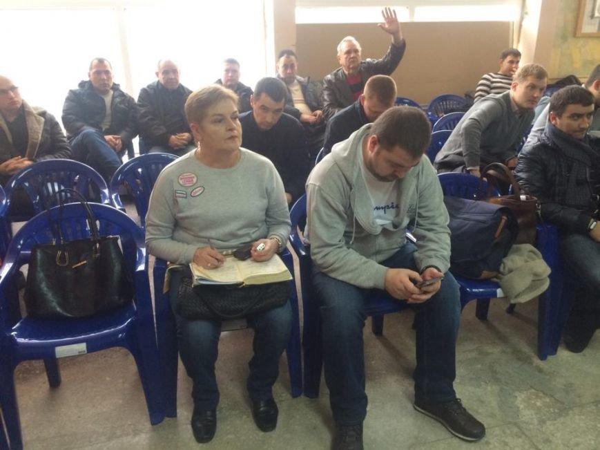 В Мариуполе ждут бюллетеней и не снимают агитацию (ФОТО,ВИДЕО), фото-3
