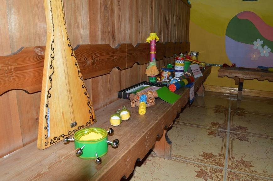 Барабанили і били по стунам гітар: у Житомирі дошкільнята виготовили справжні музичні інструменти, фото-5