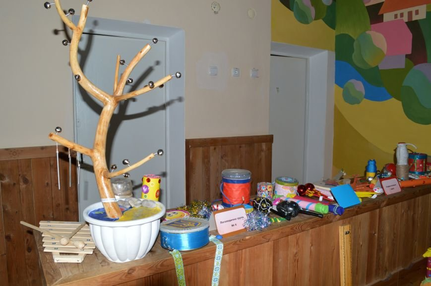 Барабанили і били по стунам гітар: у Житомирі дошкільнята виготовили справжні музичні інструменти, фото-4