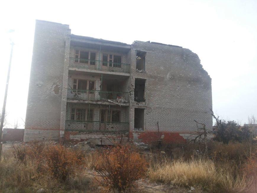 Гибридные войска установили антирекорд обстрелов с начала перемирия. Штаб АТО заявил о готовности вернуть отведенное оружие (ФОТО+ВИДЕО), фото-2