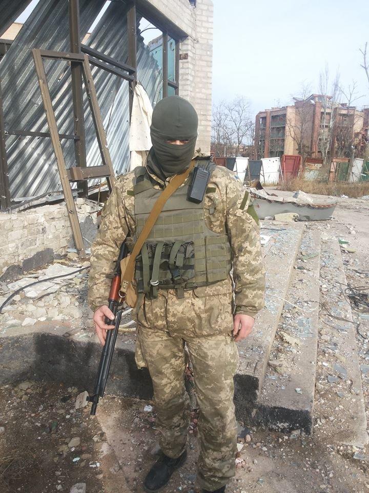 Гибридные войска установили антирекорд обстрелов с начала перемирия. Штаб АТО заявил о готовности вернуть отведенное оружие (ФОТО+ВИДЕО), фото-5