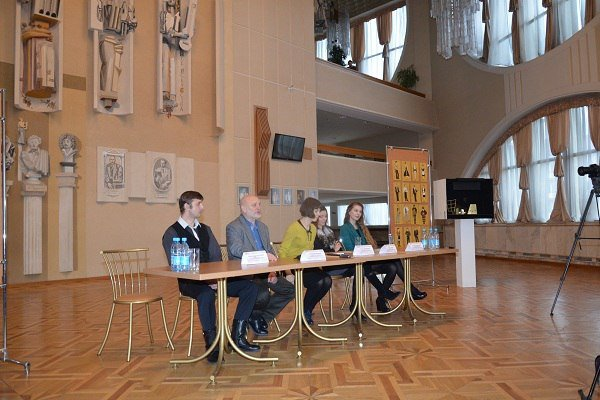 В гродненском драмтеатре состоится премьера спектакля «Отель «Золотое руно» (фото) - фото 4