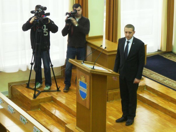 Сегодня у нового Кременчугского горсовета и нового мэра Кременчуга - первая сессия (фото) - фото 1