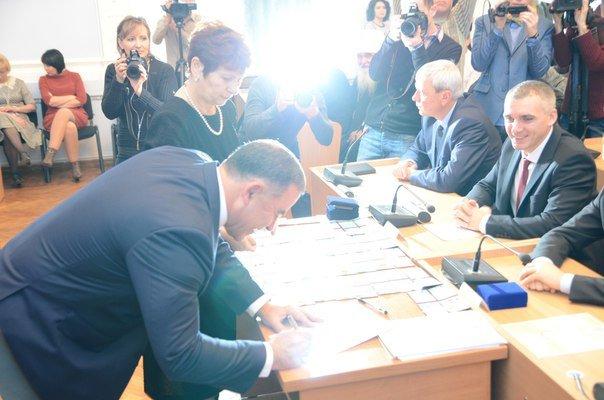 Николаевские депутаты законно «вступили в права» (ФОТО) (фото) - фото 3