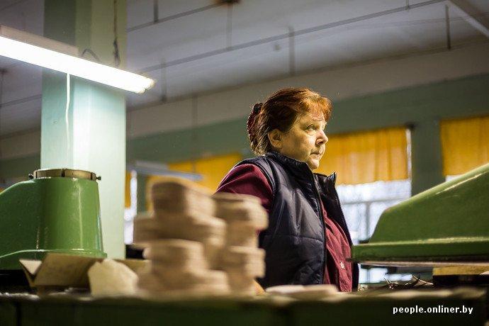 Лидская швейная фабрика: как делают белорусские «адидасы» (фото) - фото 14