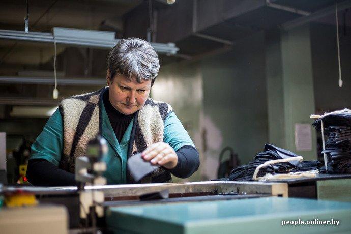 Лидская швейная фабрика: как делают белорусские «адидасы» (фото) - фото 10