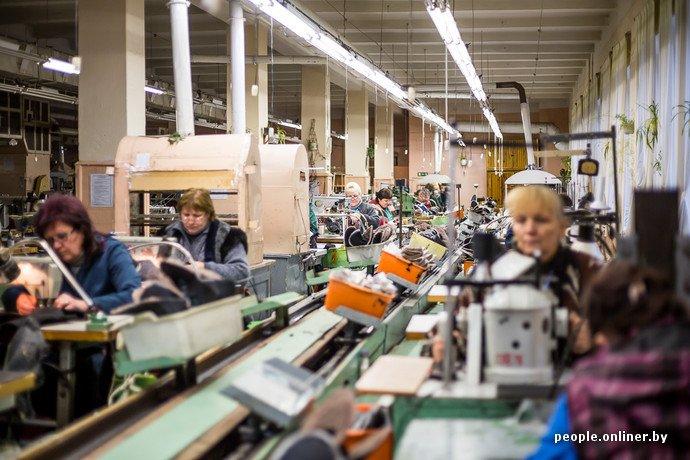 Лидская швейная фабрика: как делают белорусские «адидасы» (фото) - фото 17