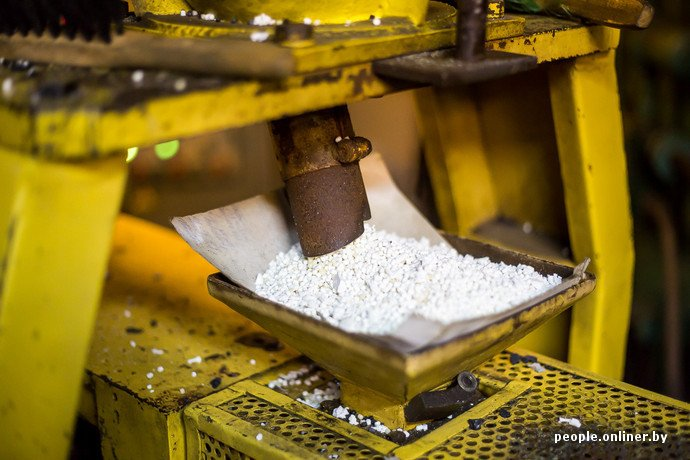 Лидская швейная фабрика: как делают белорусские «адидасы» (фото) - фото 27