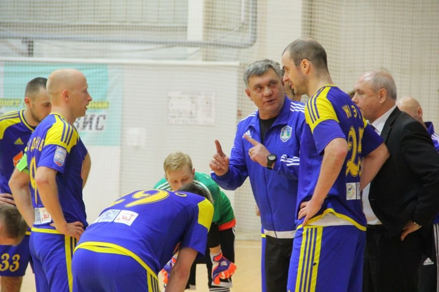 Сыктывкарские футболисты два очка в Ижевске (фото) - фото 2