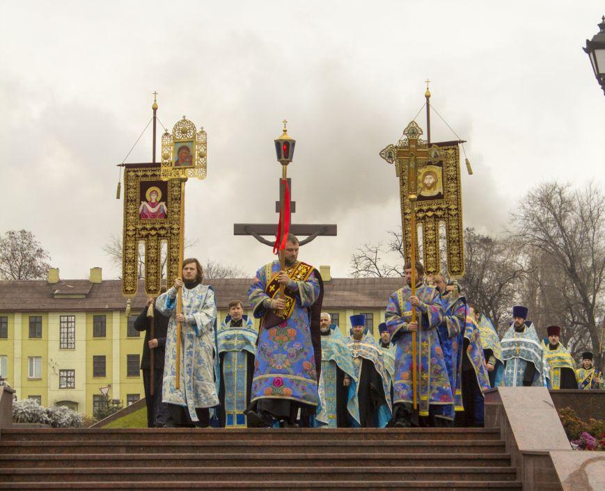 В Днепродзержинске встретили великую православную святыню, фото-2