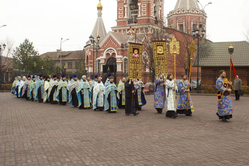 В Днепродзержинске встретили великую православную святыню, фото-1