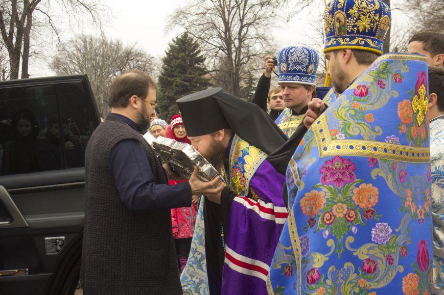 В Днепродзержинске встретили великую православную святыню, фото-4