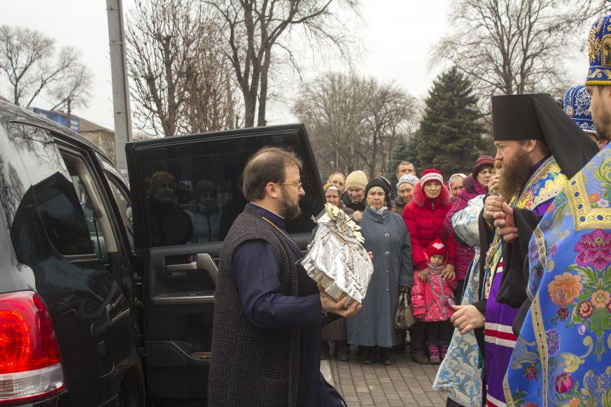 В Днепродзержинске встретили великую православную святыню, фото-3