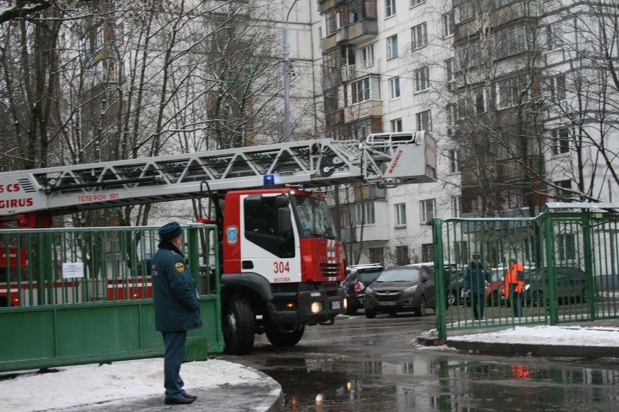 В новой Москве в Троицке  в школе №2 прошли учения МЧС ТиНАО, фото-4
