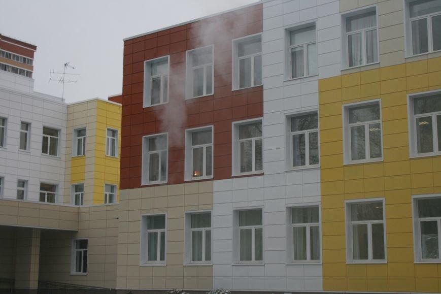 В новой Москве в Троицке  в школе №2 прошли учения МЧС ТиНАО, фото-3
