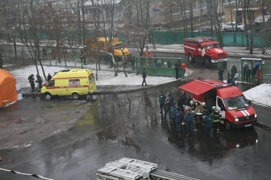 В новой Москве в Троицке  в школе №2 прошли учения МЧС ТиНАО, фото-11