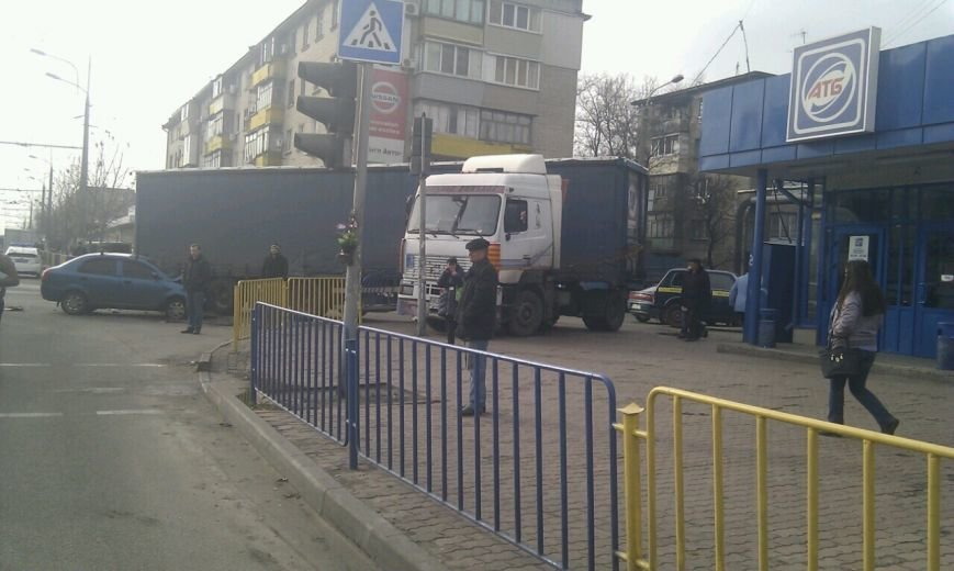 Тройное ДТП в Днепропетровске: столкнулись троллейбус, «МАЗ» и «Чери Джага» (ФОТО, ПОДРОБНОСТИ), фото-6