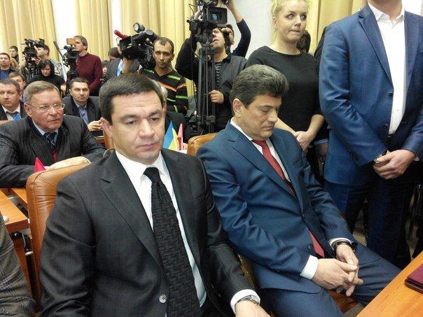 Нового мэра Запорожья встретили криками «Ганьба!», - ФОТО (фото) - фото 1